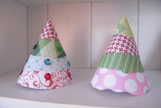 DIY: Stacking Paper Christmas Trees