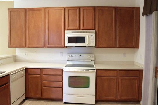 Kitchen Before 1