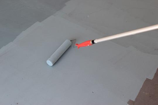 Rolling Paint on Garage Floor